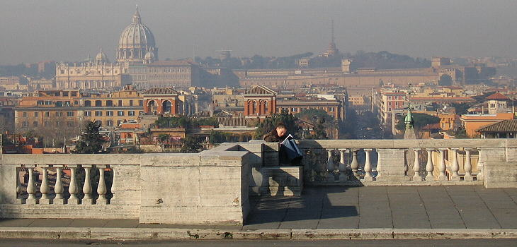 Precipita dalla Terrazza del Pincio   Notizie Roma CityRumors
